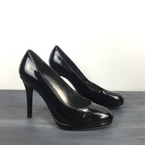 Stuart Weitzman patent heels leather pumps